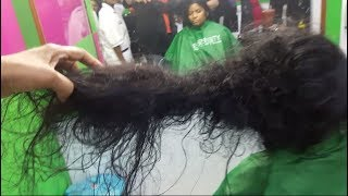 Fixing Knotted And Damaged Hair.