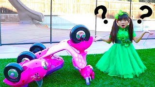 Emma Pretend Play w/ Broken Down Minnie Mouse Ride On Scooter Kids Toy
