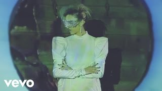Cane che abbaia morde (videoclip)