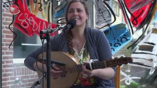 Marja de Boer - LIVE - Lullaby you'll know by heart - 4 min