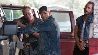 加油站遭小混混挑衅,退休警察分分钟教他们做人,杰森斯坦森主演动作电影