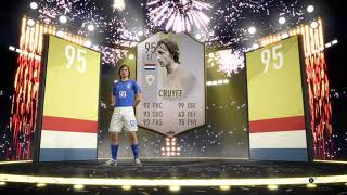 95 Rated Prime Icon Moment Johan Cruyff In A Pack - FIFA 19 Pack Opening