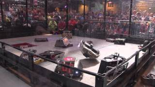 Robot Wars Gladiator fight - 18 robot free-for-all | Robochallenge 2015