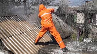 Очистка шиферной крыши в Керчи водой