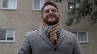 """Rainbow Six Siege - Parker """"Interro"""" Mackay: Voice of Siege: Behind the Siege Video"""