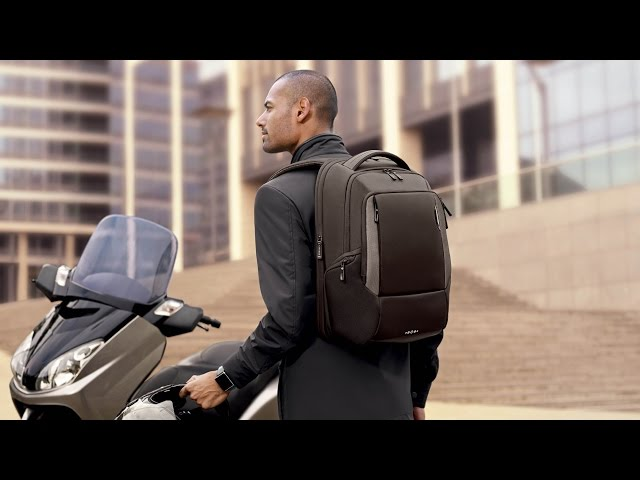 "Cityscape Laptop Backpack 17.3"" video 1"