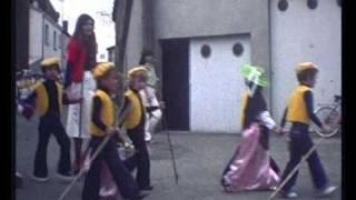 preview picture of video 'MON VILLAGE DANS LA VALLEE - Kermesse 1978'