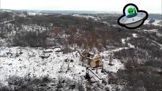 Niesamowite ujęcia z drona najstarszego polskiego cmentarza na Ukrainie zimą