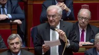 Mouvement des chirurgiens-dentistes question posé par le député Jean-Claude Mathis