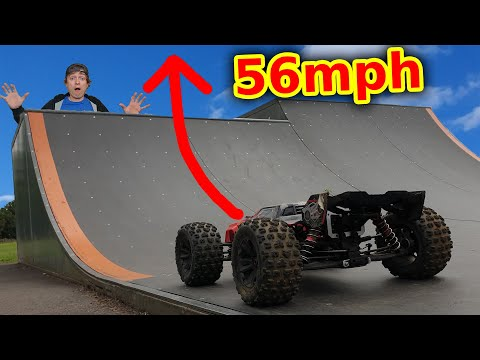 Epic BASH Day out with WORLDS STRONGEST RC Car