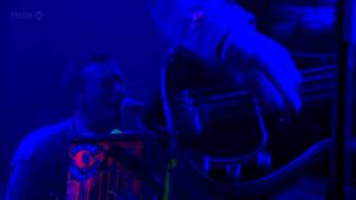 Coldplay (HD) - Everything's Not Lost (Glastonbury 2011)