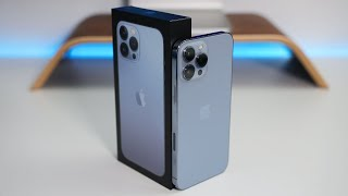 Apple iPhone 13 Pro Max - Unboxing, Setup and First Look