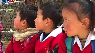 Cantine de l'école de base de Lukla