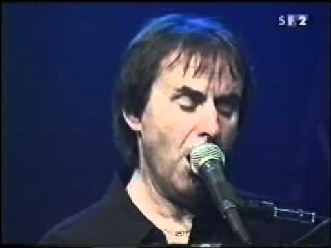Chris de Burgh - Say Goodbye to it All LIVE solo