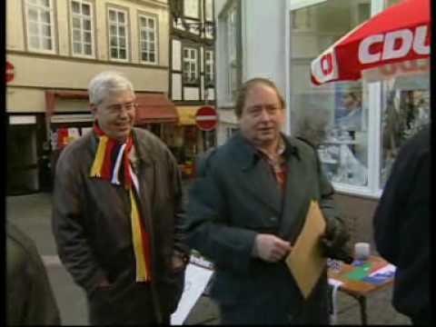 """Der """"Wo kann man hier gegen Ausländer unterschreiben""""-Wahlkampf der CDU Hessen 1999. NDR Panorama"""