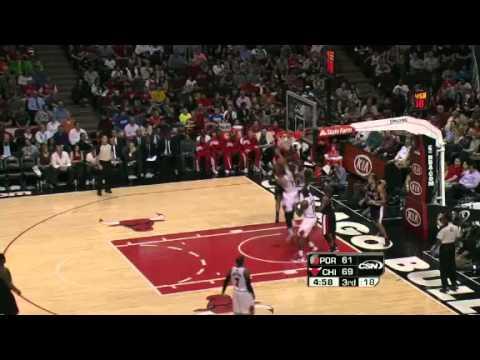 LaMarcus Aldridge dunks on Carlos Boozer