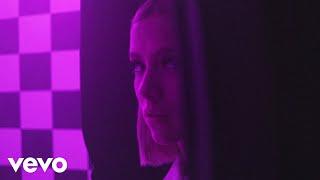 Musik-Video-Miniaturansicht zu Somebody Songtext von Dagny