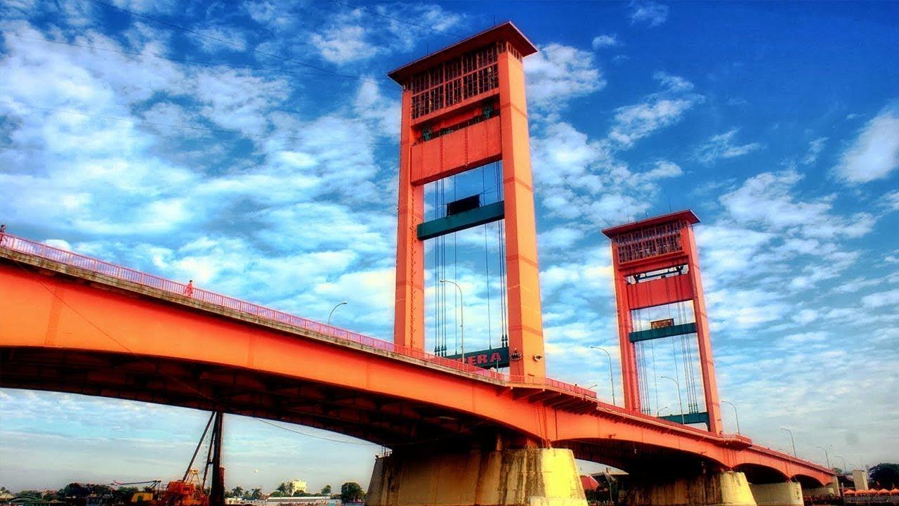 Hasil gambar untuk jembatan ampera