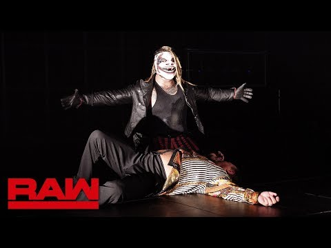 """The Fiend attacks Jerry """"The King"""" Lawler: Raw, Aug. 19, 2019"""