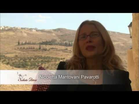, title : 'Salute Petra - 01 - Intros'