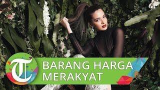 Terbiasa dengan Aneka Barang Branded, Ini 5 Fashion Item Nia Ramadhani dengan Harga 'Merakyat'