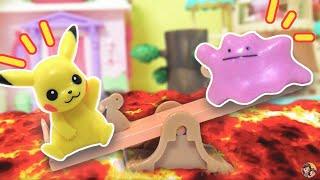 O CHÃO É LAVA COM PIKACHU E DITTO (The Floor is Lava) - Novelinhas do Pokémon