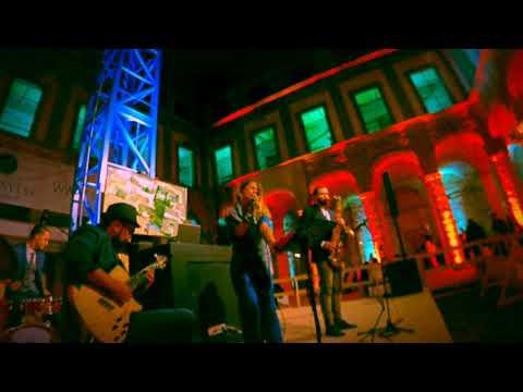 StraightAway Project Funky 4tet con chitarra7corde Lucca Musiqua