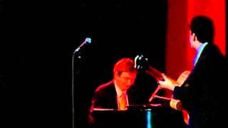 """John Pizzarelli - 1999 MAC Awards - """"I've Just Seen a Face"""""""