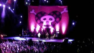I always get what i want- Avril Lavigne (Live in Singapore)