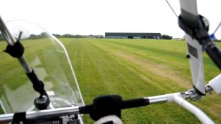 preview picture of video 'My Microlight Flight (1/6/2011) Landing + Takeoff'