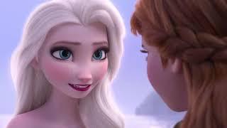 Warum gefriert Elsa in Frozen 2 zu Eis?