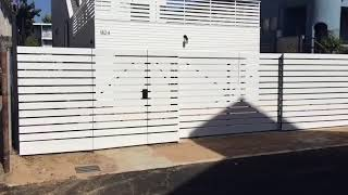 Guide for Bi/Trio Folding Gates in Los Angeles Metro