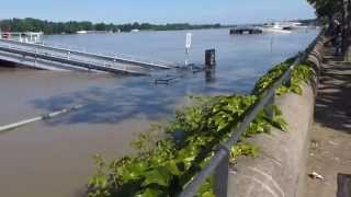 preview picture of video 'Hochwasser Mainz am 04.06.2013 6.79 m'