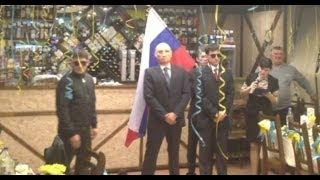 Путин танцует лезгинку / Putin is dancing lezginka. Лезгинка на свадьбе.