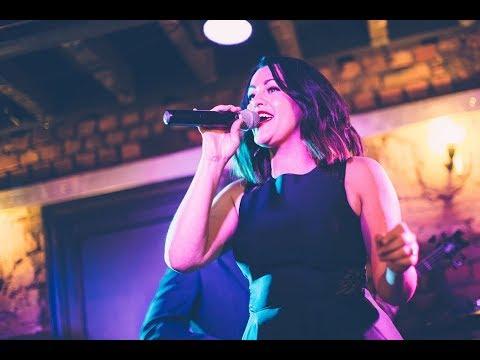 Maria Sings Video