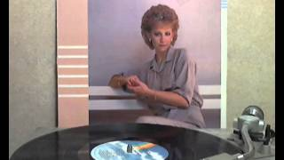 Reba McEntire - What Am I Gonna Do About You [original Lp version]