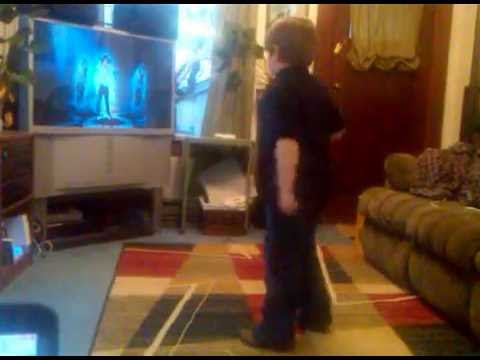 Download Alex dancing to Jeal Ghost.3GP HD Mp4 3GP Video and MP3
