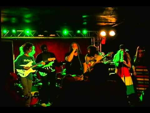 Gary Dread and The JAHMEN band live in Jacksonville - Gideon Strong