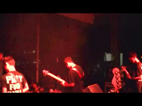 SEARCH ENGINE - Battle Of Zionis (Live at Cileungsi)