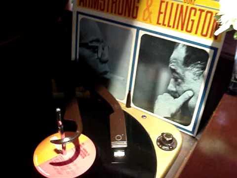 Louis Armstrong Azalea