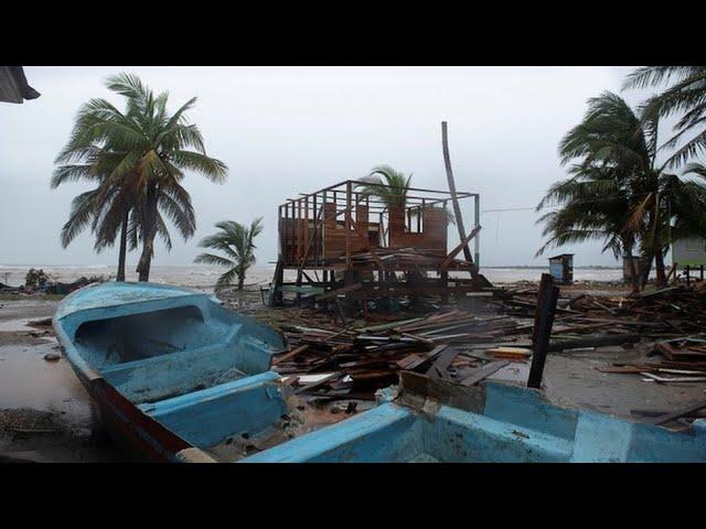 El huracán Lota llega en categoría 4 a Nicaragua