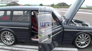 "Volvo Amazon playing with Ferrari 458 Italia from inside (Volvo Amazon '67 ""Vöcks"")"