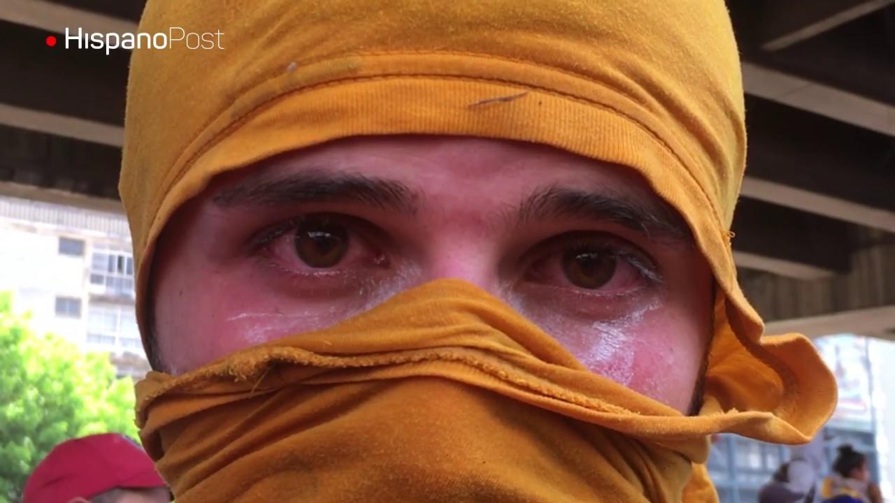 Con gases por aire y tierra gobierno de Maduro asfixia a sus opositores