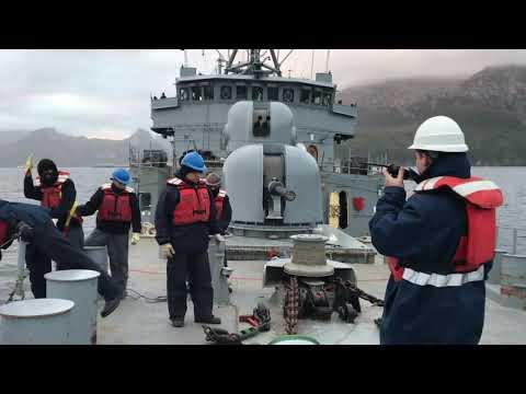 La corbeta ARA Spiro de Argentina realiza tareas de control del territorio marítimo