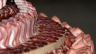 30 рецептов украшения мужского торта: из мяса, печеночный, закусочный и другие вкусности.