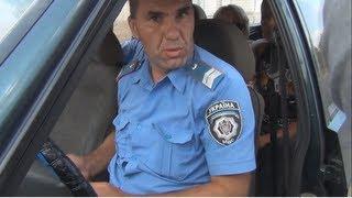 Милиция пыталась ограбить Белорусов.