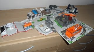 preview picture of video 'WORLDS BEST MICRO MACHINES TRUCK which opens into a play city for small cars'