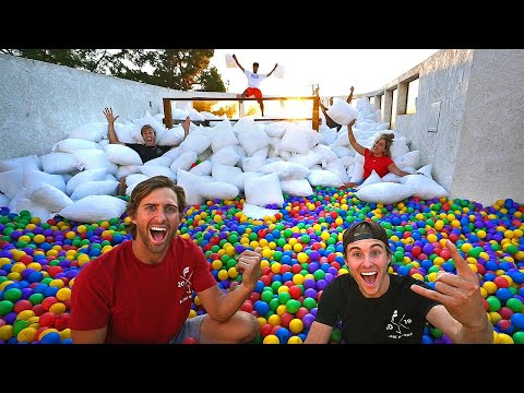 Last to LEAVE 100,000 BALL PIT PILLOW ROOFTOP wins $10,000