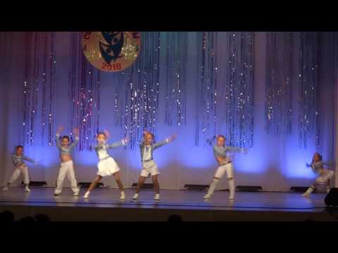 Образцовый танцевальный коллектив