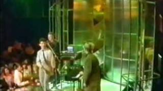 Depeche Mode - New Life ( Tops Of The Pops ) 1981 - Lyrics